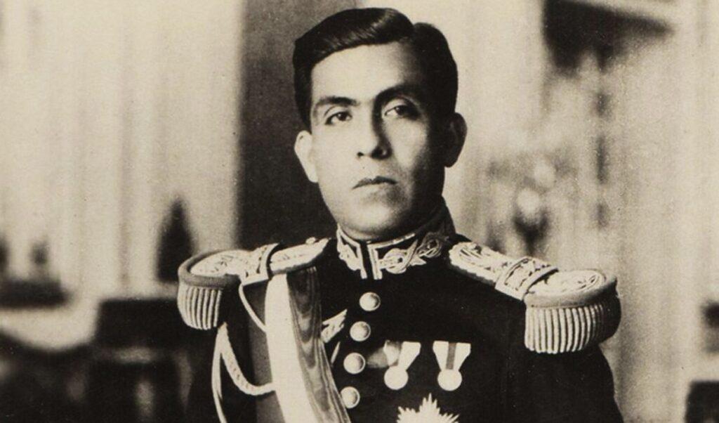 La constitución con mayor vigente fue la décima, promulgada Luis Miguel Sánchez Cerro el 9 de abril de 1933 y duró hasta el 28 de julio de 1979.